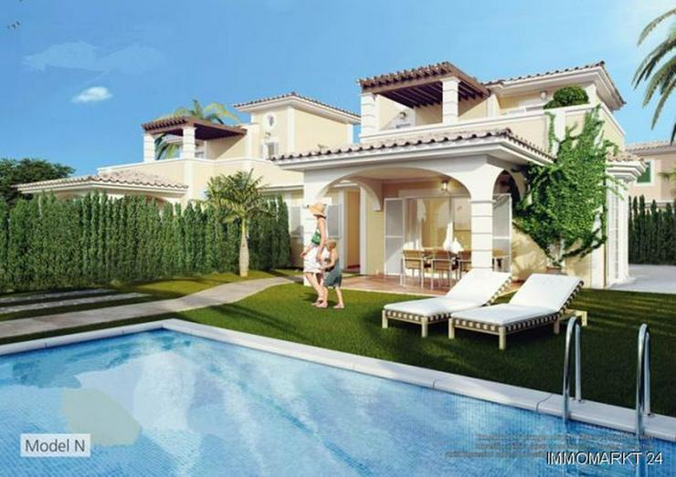 Doppelhaushälften mit Gemeinschaftspool - Haus kaufen - Bild 1