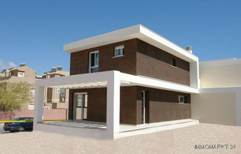 Moderne Neubau-Villen ca. 2,5 km vom Strand - Bild 1