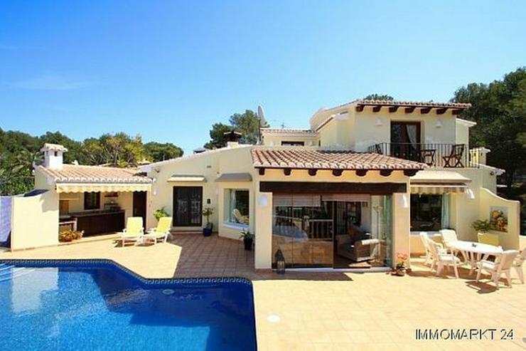 lloret villa in pla del mar in moraira spanien auf. Black Bedroom Furniture Sets. Home Design Ideas