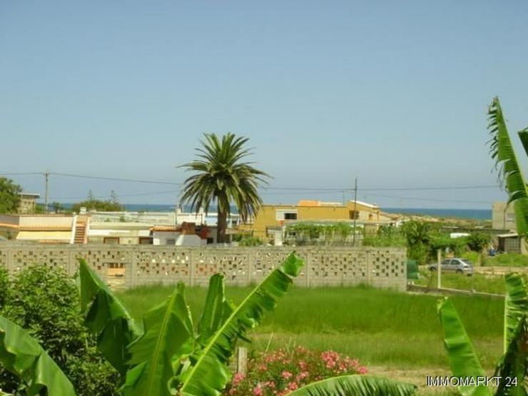 Bild 2: Villa mit Pool nur 300 m vom Strand