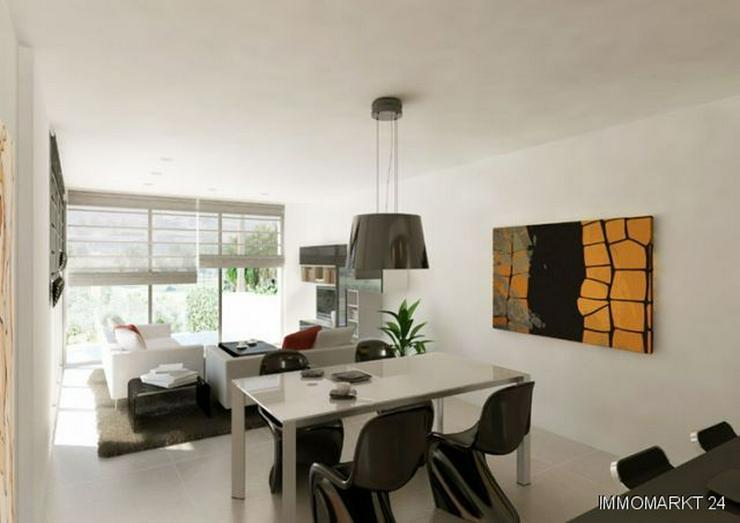 Bild 3: Exklusive 4-Zimmer-Villen mit Privatpool in 1. Linie am Golfplatz