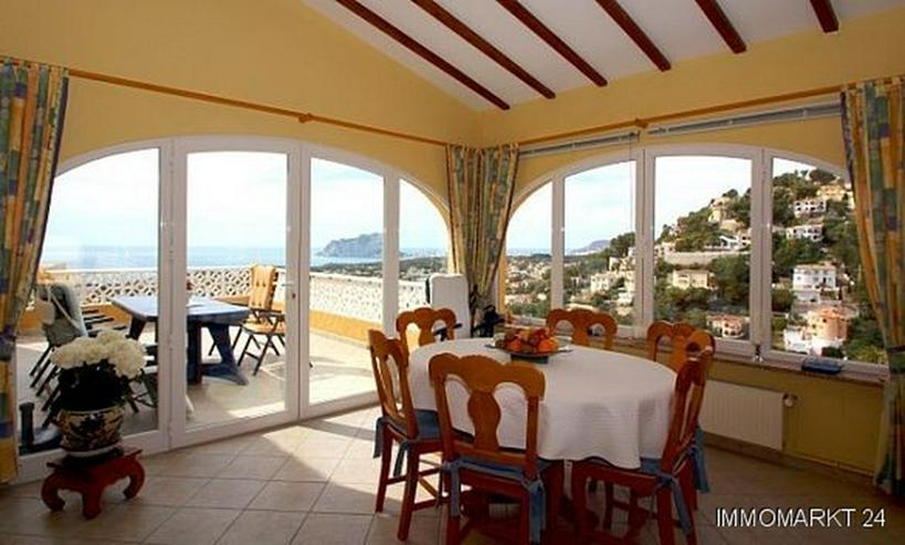 Bild 3: Villa mit Pool und phantastischem Meerblick