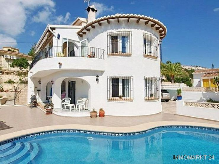 villa mit g steappartement pool und meerblick in moraira spanien auf. Black Bedroom Furniture Sets. Home Design Ideas