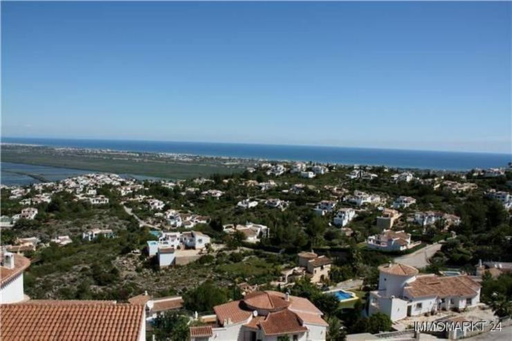 Bild 5: Villa mit wunderschöner Aussicht und großzügiger Gästewohnung
