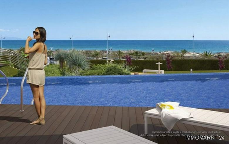 Bild 5: 4-Zimmer-Penthouse-Wohnungen in Anlage in 1. Linie am Strand