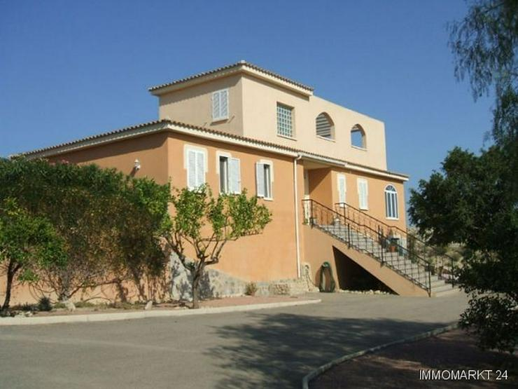 Bild 2: Großzügige Landhaus-Villa mit Panoramablick und Meerblick