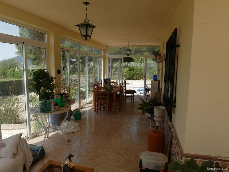 Bild 5: Landhaus-Villa mit Pool und wunderschönem Ausblick