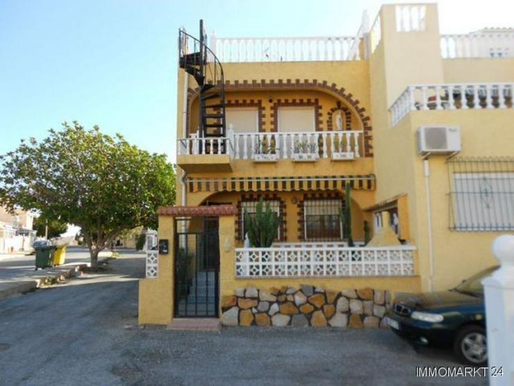 Endreihenhaus mit Dachterrasse - Haus kaufen - Bild 1