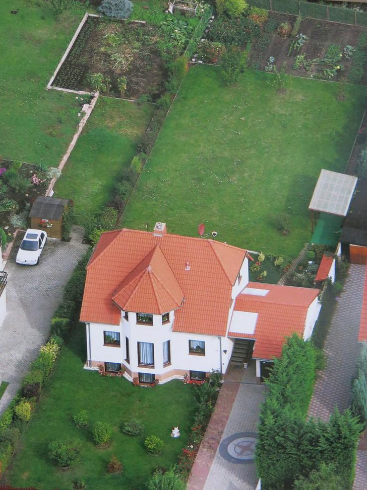 repräsentative Landhausvilla mit viel Potenzial - Haus kaufen - Bild 1