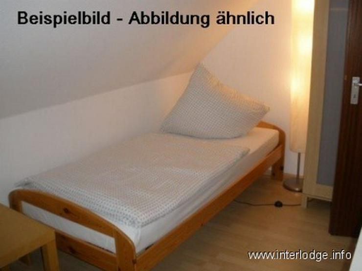 Bild 2: INTERLODGE Modern möbl. Apartment, Bochum-City, Wohn-/Schlafbereich und separate Küche, ...