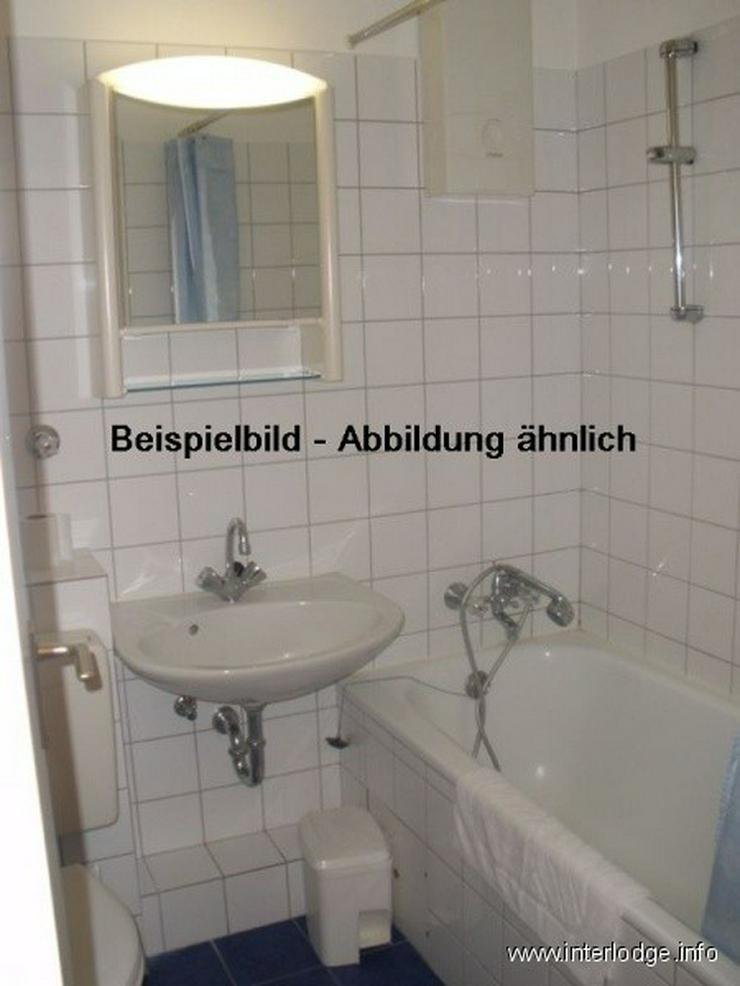 Bild 5: INTERLODGE Modern möblierte Wohnung, Bochum-Innenstadt, 2 Schlafzimmer mit 4 Einzelbetten...