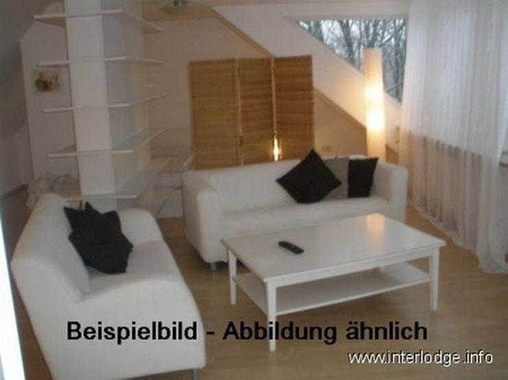 INTERLODGE Modern möblierte Mansarde, Bochum-City, 2 Schlafzimmer mit 4 Einzelbetten. - Wohnen auf Zeit - Bild 1
