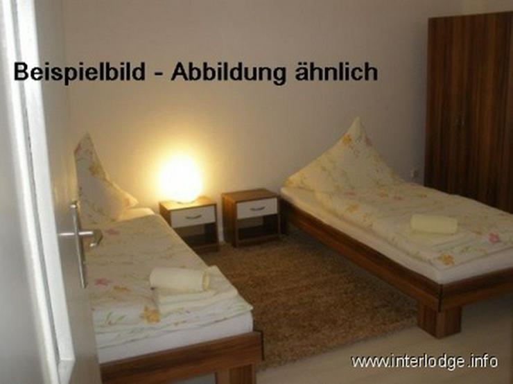 Bild 2: INTERLODGE Modern möbliertes Apartment, Bochum-City, Wohnschlafraum m. 2 Einzelbetten, of...