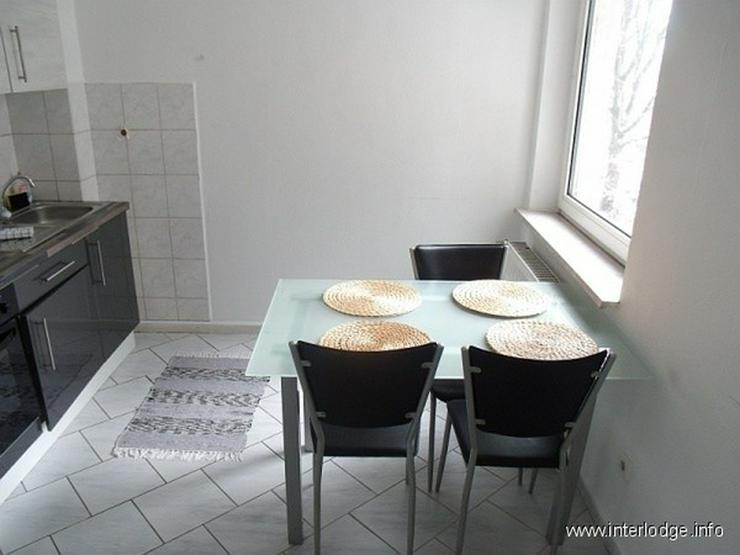 Bild 5: INTERLODGE Modern möbl. Wohnung, Bochum-City, 2 Schlafzimmer mit 4 Einzelbetten, Wohnküc...
