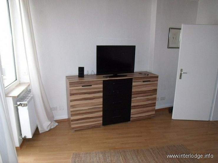 Bild 2: INTERLODGE Modern möbl. Wohnung, Bochum-City, 2 Schlafzimmer mit 4 Einzelbetten, Wohnküc...