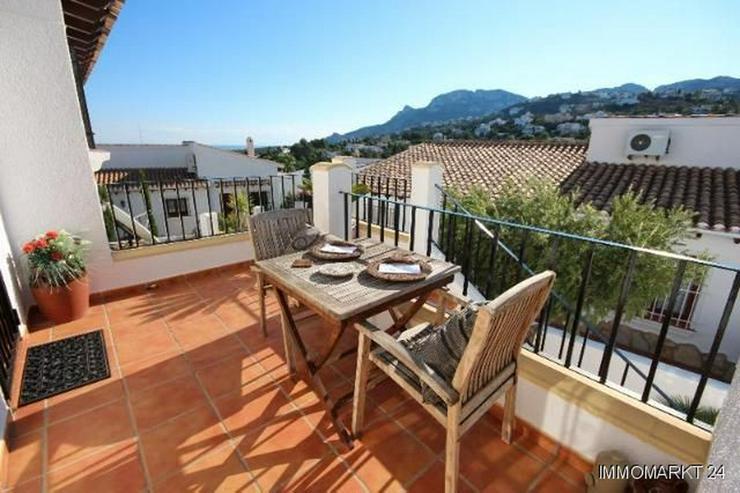 Bild 6: Anspruchsvolle Villa mit 2 Wohneinheiten und traumhaftem Blick in die Berge und auf das Me...