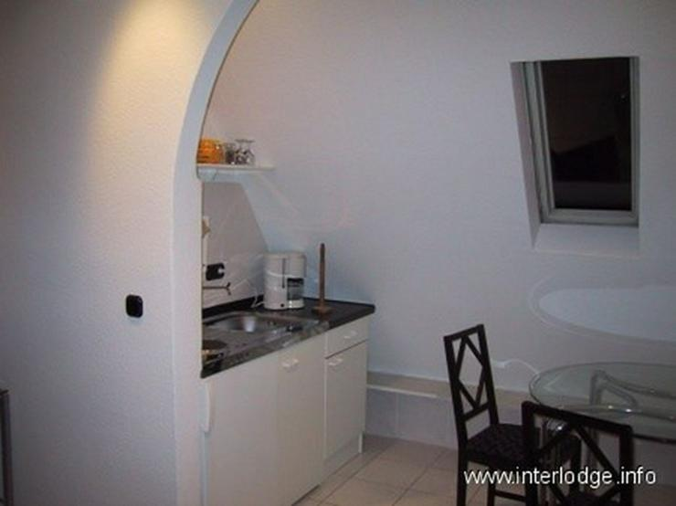Bild 6: INTERLODGE Modern und hochwertig ausgestattete Maisonettewohnung in Essen-Stadtwald.