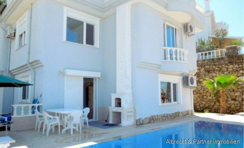 Bild 4: Spektakuläre Villa in Kargicak / Alanya mit einem Panorama Meerblick
