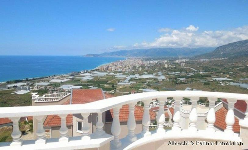 Bild 3: Spektakuläre Villa in Kargicak / Alanya mit einem Panorama Meerblick