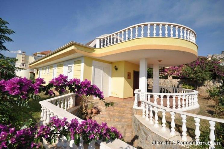 Villa in Kargicak - Alanya mit Meer-, Berg- und Burgblick - Haus kaufen - Bild 1