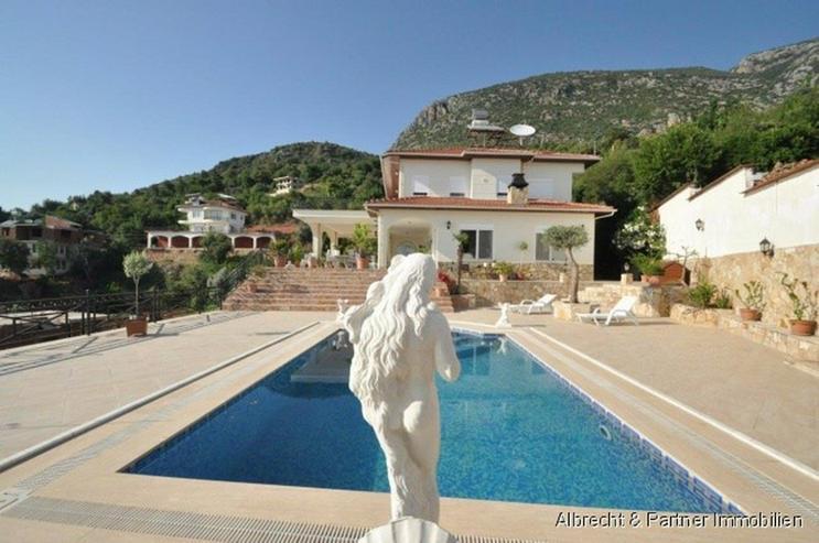 Bild 2: Spektakuläre Villa in Kestel - Alanya zu verkaufen!