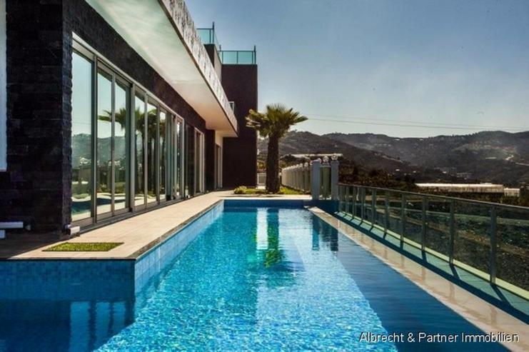 Bild 3: Villa für Kenner... Unglaubiches Anwesen in Alanya!!