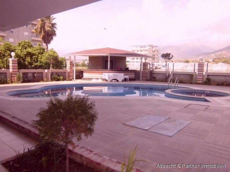Bild 2: 2 Zimmer - Wohnung direkt am Strand von Kestel - Alanya
