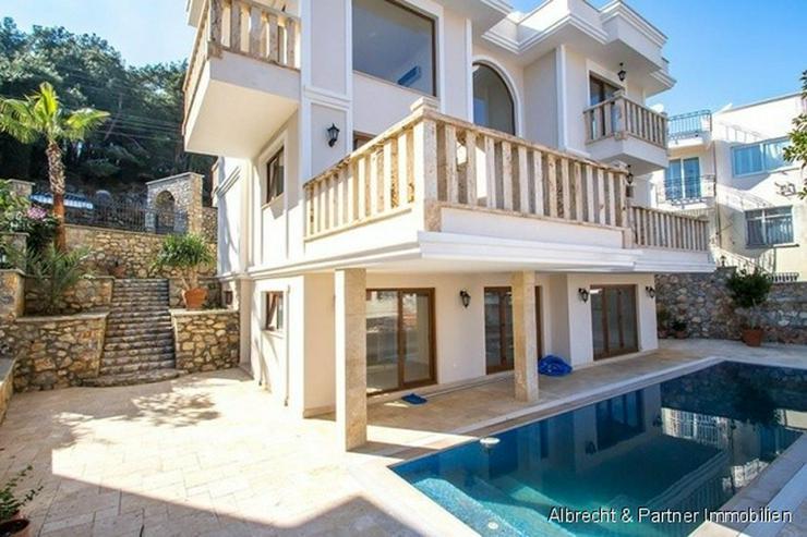 Bild 2: Villa am Burgberg von Alanya - Riesige Traumvilla in Bester Lage