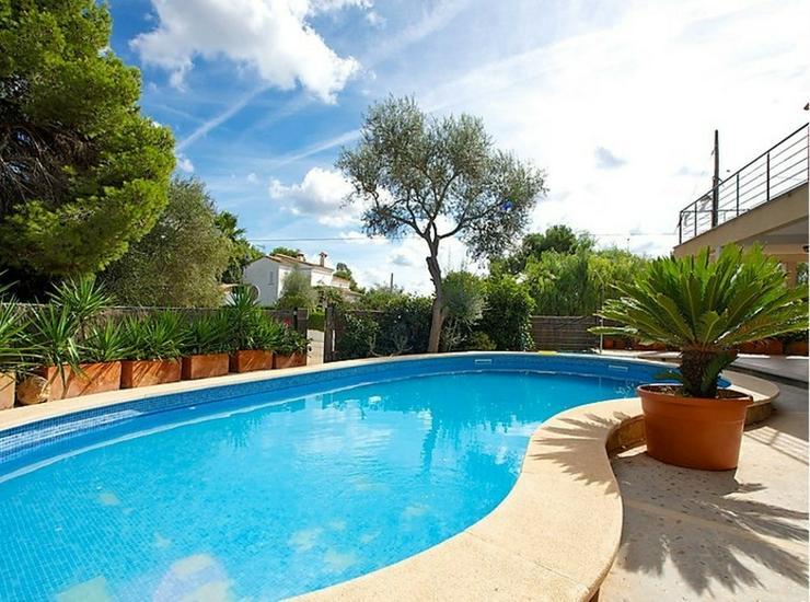 Bild 4: Moderne Villa mit Gemeinschaftspool, Cala Pi