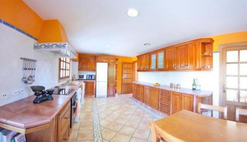 Bild 2: Einladende und komfortable Villa in Biniali, Inselinneren