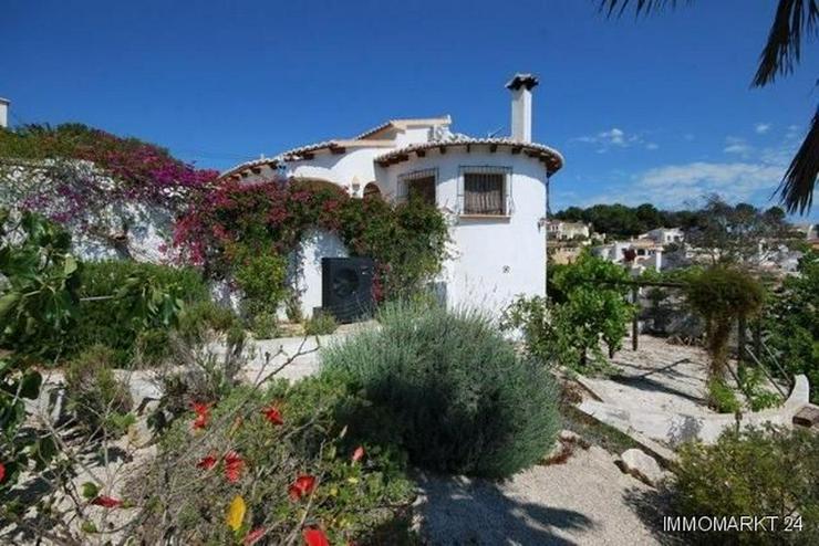 Bild 3: Charmante und stilvolle Villa mit Pool und Panoramablick