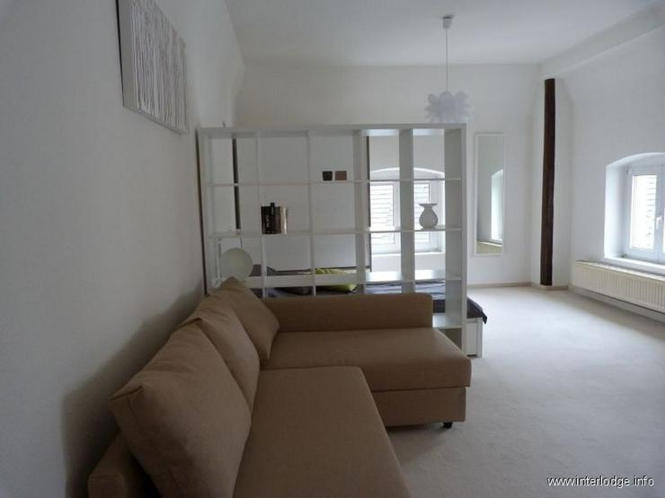 INTERLODGE Modern und komfortabel möbliertes Loftpartment im Herzen von Düsseldorf - Obe... - Wohnen auf Zeit - Bild 1