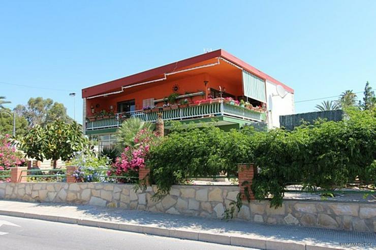 Renovierungsbedürftige Villa nur 800 m vom Strand - Haus kaufen - Bild 1