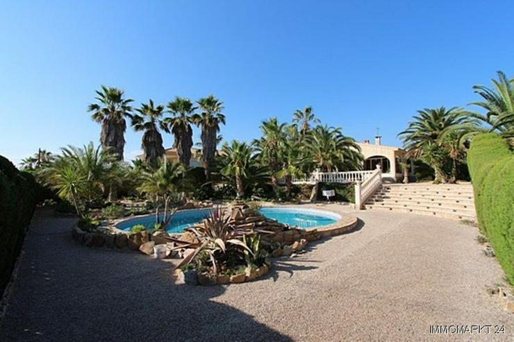 Sehr gepflegte Villa mit Swimmingpool und traumhaftem Garten bei Busot - Haus kaufen - Bild 1
