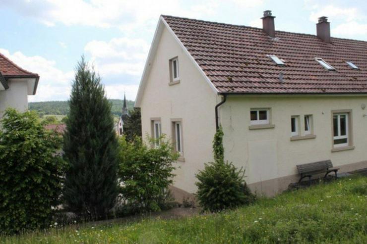Bild 2: *DH in Niefern-Öschelbronn in gehobener Lage, m. großem Garten, auch gut als Kapitalanla...