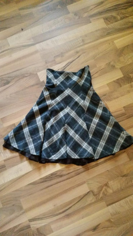 Schöner Karierter Damen Glockenrock in Größe 36