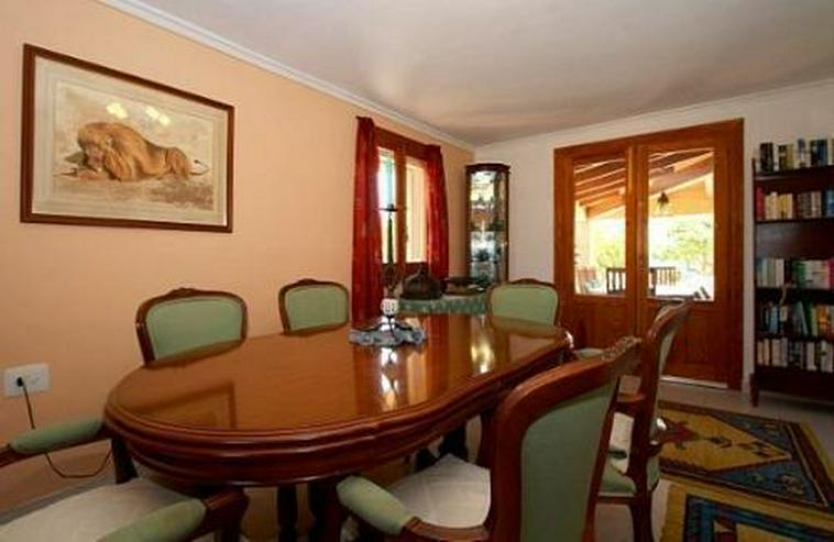 Bild 4: Landhaus-Villa mit wunderschöner Natursteinfassada und zwei Wohneinheiten in Tarraula