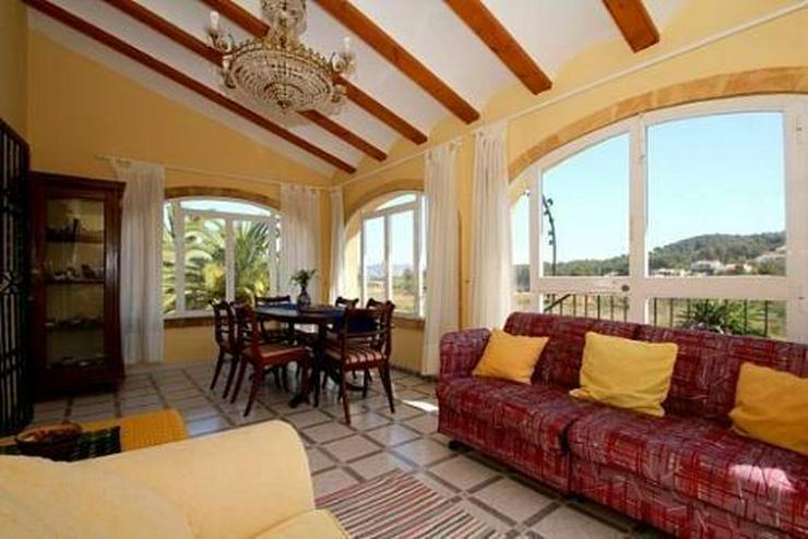 Bild 15: Landhaus-Villa mit wunderschöner Natursteinfassada und zwei Wohneinheiten in Tarraula