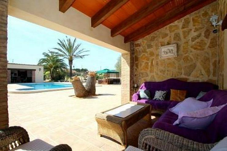 Bild 7: Landhaus-Villa mit wunderschöner Natursteinfassada und zwei Wohneinheiten in Tarraula