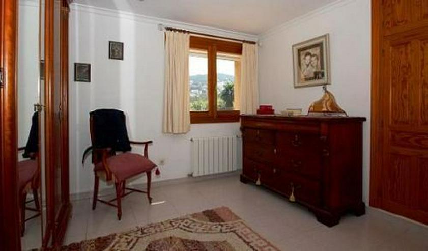 Bild 12: Landhaus-Villa mit wunderschöner Natursteinfassada und zwei Wohneinheiten in Tarraula