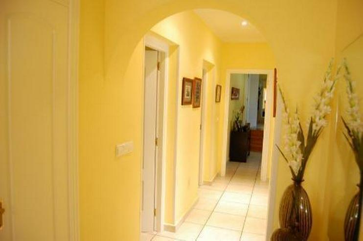 Bild 13: Topp gepflegte Villa mit Pool in Barranquets