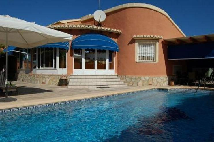 Topp gepflegte Villa mit Pool in Barranquets - Bild 1