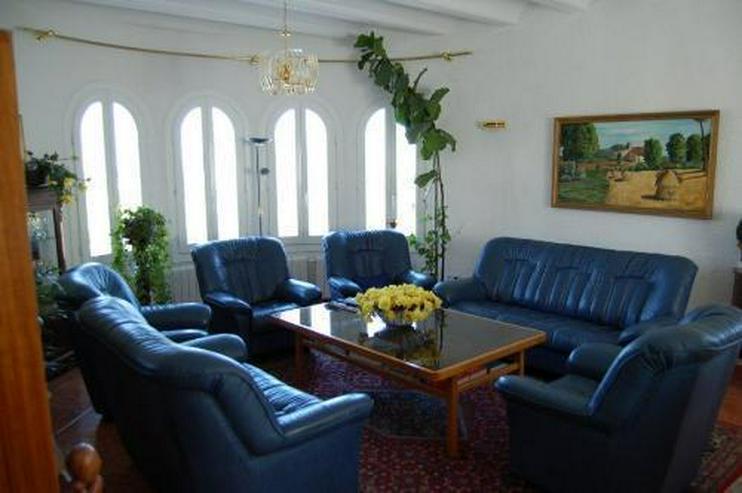 Bild 8: Neuwertige Villa mit Pool in Marquesa V