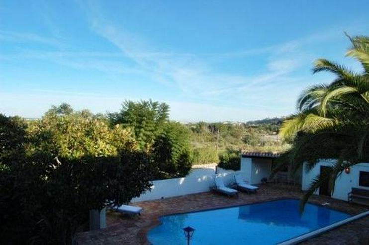 Bild 5: Großzügige Villa mit Pool in La Xara