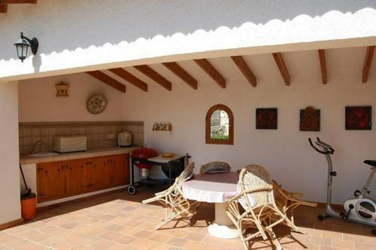Bild 3: Sehr gepflegte Villa mit Meerblick