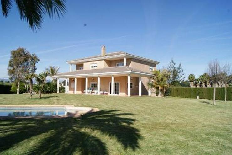 Bild 2: Wunderschöne Villa im Tossalet-Gebiet