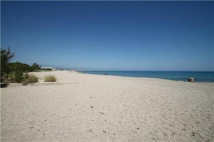 Bild 4: Gepflegtes Appartement mit Gemeinschaftspool in Denia Les Deveses, nur 20 m vom Strand ent...
