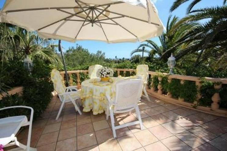 Bild 5: Villa mit Romantikzuschlag in ruhiger und sonniger Lage mit Pool, Garage und Meerblick
