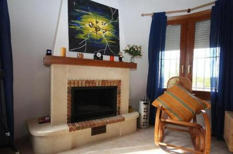 Gepflegte Villa mit Pool und schönem Fernblick in Monte Pego - Haus kaufen - Bild 6