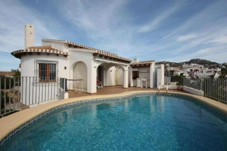 Gepflegte Villa mit Pool und schönem Fernblick in Monte Pego - Bild 1